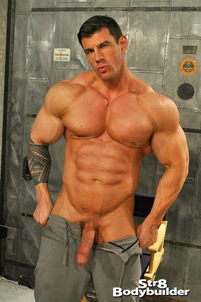 Str8 BodyBuilder torrent